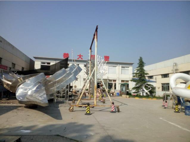 雕塑制作 雕塑安装 天津善大雕塑厂专业制作玻璃钢雕塑 玻璃钢浮雕